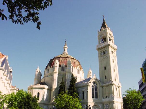 Parroquia de San Miguel y San Benito El Puchero de Plata Catering